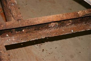 Click image for larger version  Name:Rusted Frame.jpg Views:101 Size:38.6 KB ID:46700