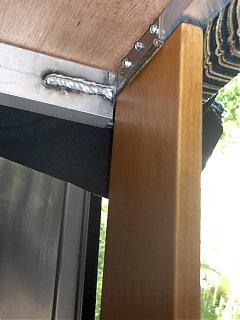 Click image for larger version  Name:HPIM1423 Lounge leg hinge (curbside).jpg Views:110 Size:52.4 KB ID:46763