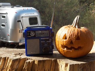 Click image for larger version  Name:HPIM1631Bean's Emergency Weather Radio.jpg Views:123 Size:76.8 KB ID:46771