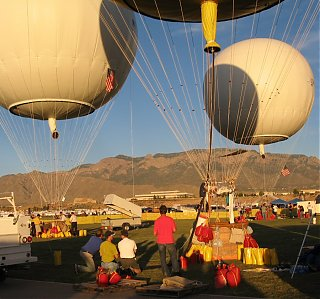 Click image for larger version  Name:gas_balloon_ballast.jpg Views:83 Size:213.4 KB ID:46874
