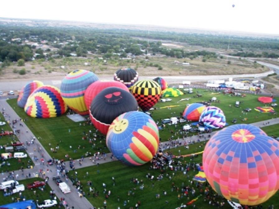 Click image for larger version  Name:balloons2.jpg Views:77 Size:229.9 KB ID:47014