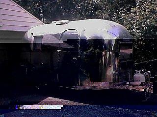 Click image for larger version  Name:camper.jpg Views:1200 Size:80.2 KB ID:474