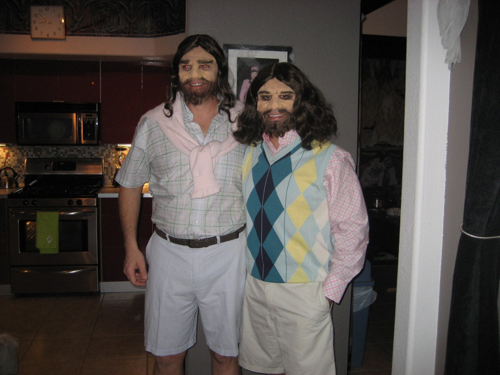 Click image for larger version  Name:Halloween 07 Sergio & Louis.jpg Views:65 Size:346.9 KB ID:48441
