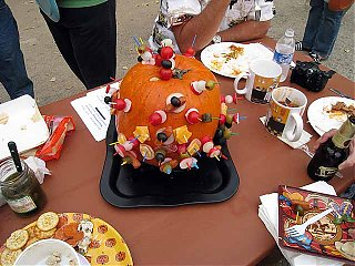 Click image for larger version  Name:pumkin horse douver thingie.jpg Views:93 Size:71.4 KB ID:48495