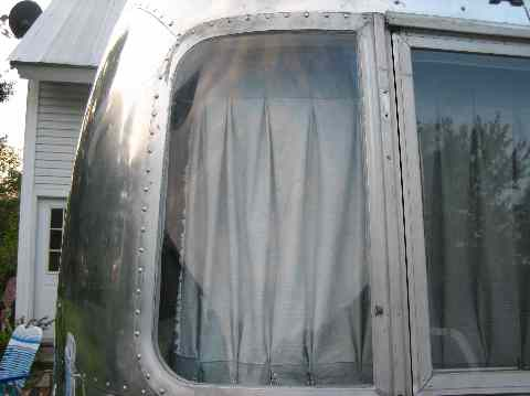 Click image for larger version  Name:Wing Window Fix Done Frnt.jpg Views:62 Size:20.1 KB ID:48629