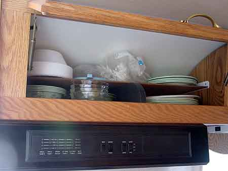Click image for larger version  Name:plate-shelf.jpg Views:346 Size:10.3 KB ID:4871