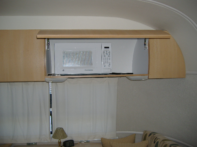 Click image for larger version  Name:microcabinet.JPG Views:128 Size:112.0 KB ID:48975