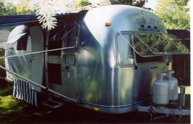 Click image for larger version  Name:airstream1.jpg Views:394 Size:38.3 KB ID:4935