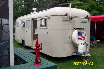 Click image for larger version  Name:1947 Westwind Coranado.jpg Views:96 Size:56.6 KB ID:49813