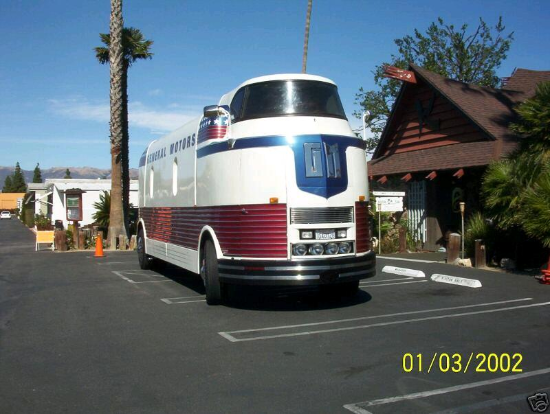 Click image for larger version  Name:Futurliner-front.jpg Views:73 Size:69.7 KB ID:50039