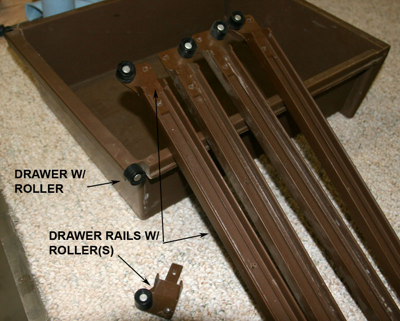 Click image for larger version  Name:IMG_7434 drawer and rails-s.jpg Views:84 Size:152.5 KB ID:50071