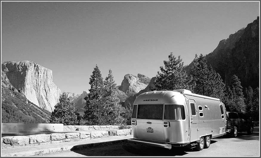 Click image for larger version  Name:Airstream at Tunnel View bw.jpg Views:97 Size:126.6 KB ID:50426