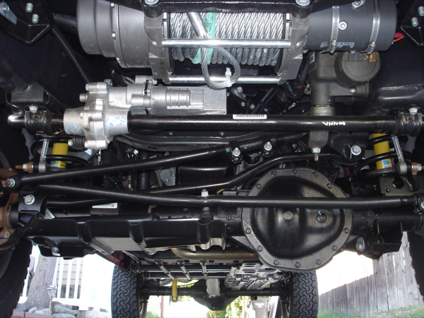 Click image for larger version  Name:08 Power Wagon - under truck.jpg Views:58 Size:155.3 KB ID:50605
