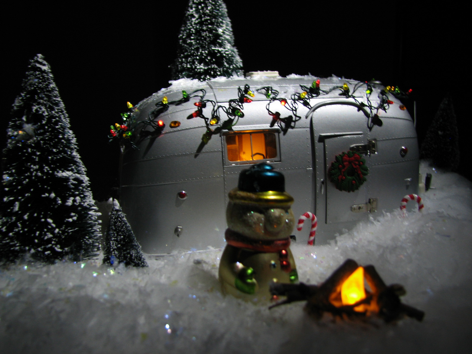 Click image for larger version  Name:frosty-small.jpg Views:63 Size:394.8 KB ID:50663