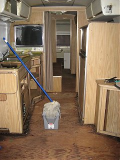 Click image for larger version  Name:airstream 004.jpg Views:91 Size:79.2 KB ID:50940