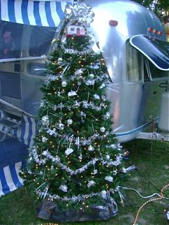 Click image for larger version  Name:x-mas in july 2007 011.JPG Views:88 Size:50.1 KB ID:51329