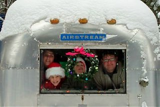 Click image for larger version  Name:christmas card websize.jpg Views:506 Size:33.0 KB ID:51336