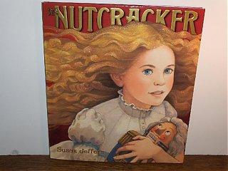 Click image for larger version  Name:HPIM2051 the Nutcracker, Susan Jeffers.jpg Views:127 Size:63.8 KB ID:51488