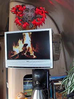 Click image for larger version  Name:HPIM1977 Chile lts, Fireplace dvd.jpg Views:108 Size:77.6 KB ID:51499
