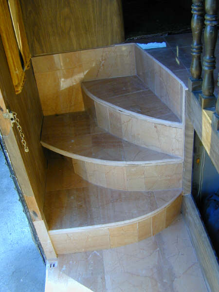 Click image for larger version  Name:stairs.jpg Views:101 Size:35.2 KB ID:51665