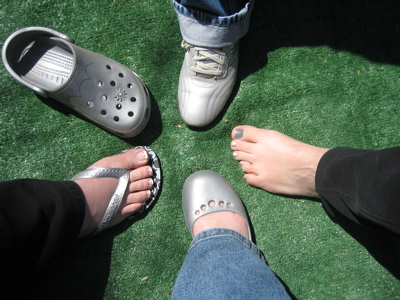 Click image for larger version  Name:Feet.jpg Views:52 Size:82.8 KB ID:52170