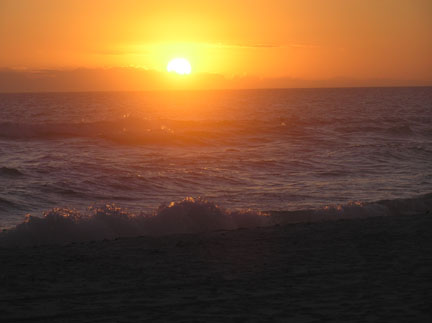 Click image for larger version  Name:sunset2.jpg Views:79 Size:33.4 KB ID:52252