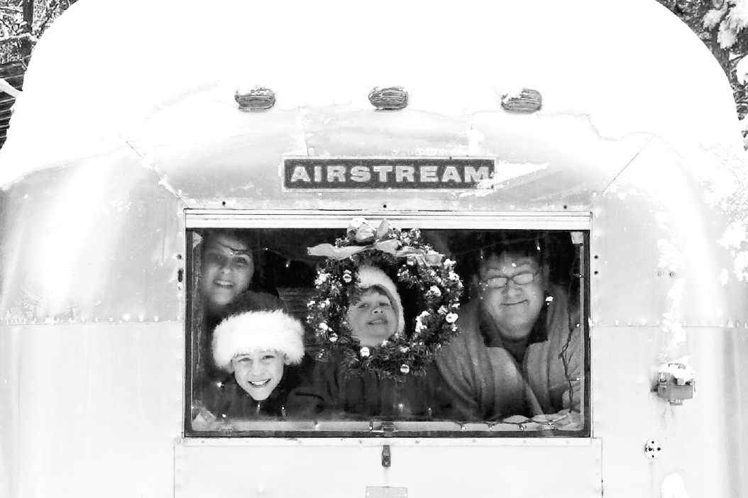 Click image for larger version  Name:BW christmas card.jpg Views:72 Size:98.1 KB ID:52313