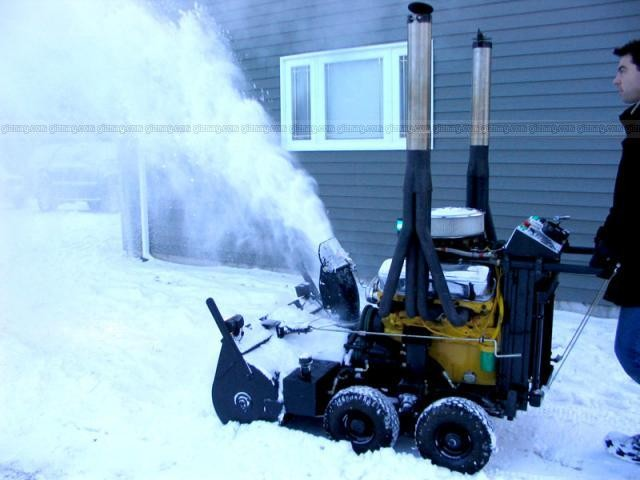 Click image for larger version  Name:454 SNOW BLOWER.jpg Views:38 Size:48.9 KB ID:52717