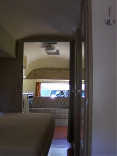 Click image for larger version  Name:Airstream Dig 039 [800x600] [800x600].JPG Views:145 Size:32.9 KB ID:53321
