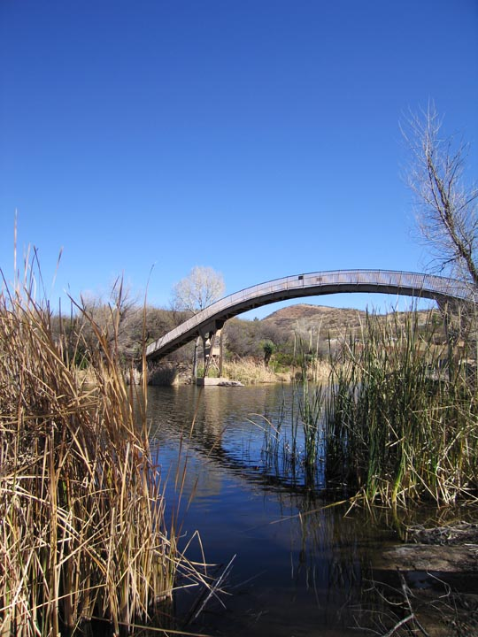 Click image for larger version  Name:Patagonia Jan08_Bridge_13_Sm.jpg Views:62 Size:117.8 KB ID:54191