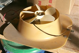 Click image for larger version  Name:IMG_7966 vintage vent fan-s.jpg Views:127 Size:80.7 KB ID:55235