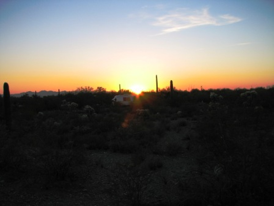 Click image for larger version  Name:sunset.jpg Views:123 Size:69.2 KB ID:55306