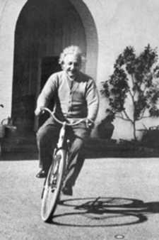 Click image for larger version  Name:einstein-bicycle.jpg Views:101 Size:9.6 KB ID:55343