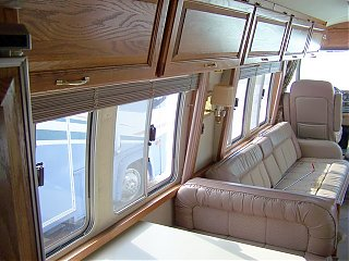 Click image for larger version  Name:1989Airstream345d.jpg Views:66 Size:111.7 KB ID:55920