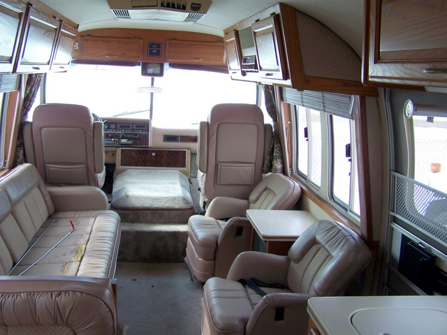 Click image for larger version  Name:1989Airstream345e.jpg Views:55 Size:110.2 KB ID:55921