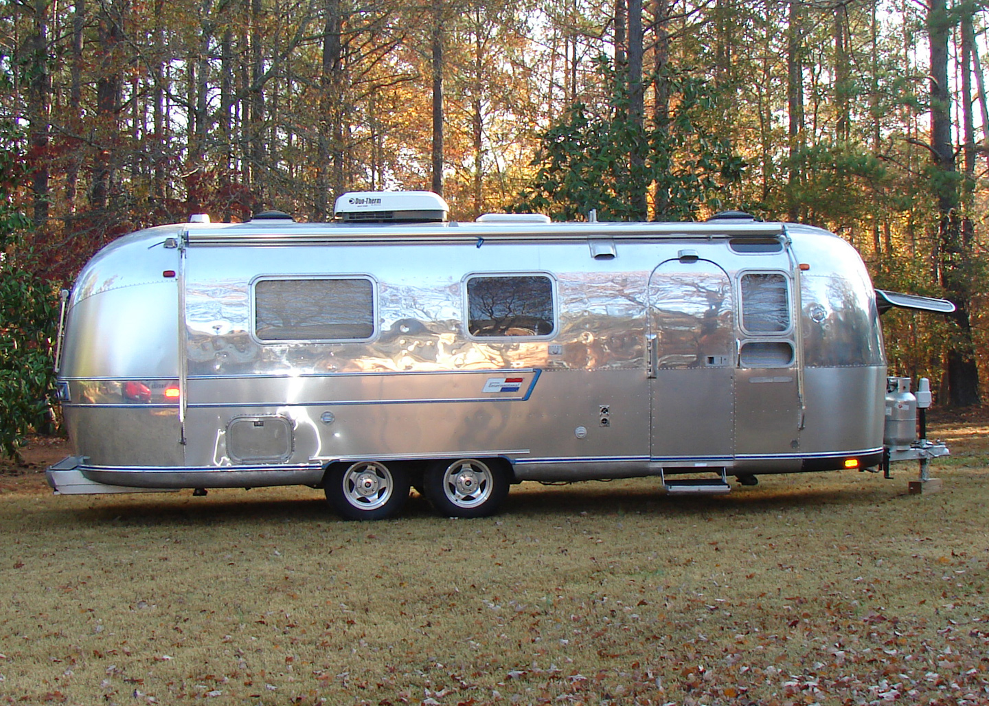 Click image for larger version  Name:Classic Rides Overlander 1.jpg Views:285 Size:944.8 KB ID:56068