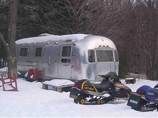 Click image for larger version  Name:AirstreamMarch2008 002.jpg Views:92 Size:85.6 KB ID:56098