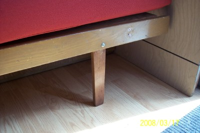 Click image for larger version  Name:bed leg2.jpg Views:79 Size:109.6 KB ID:56460