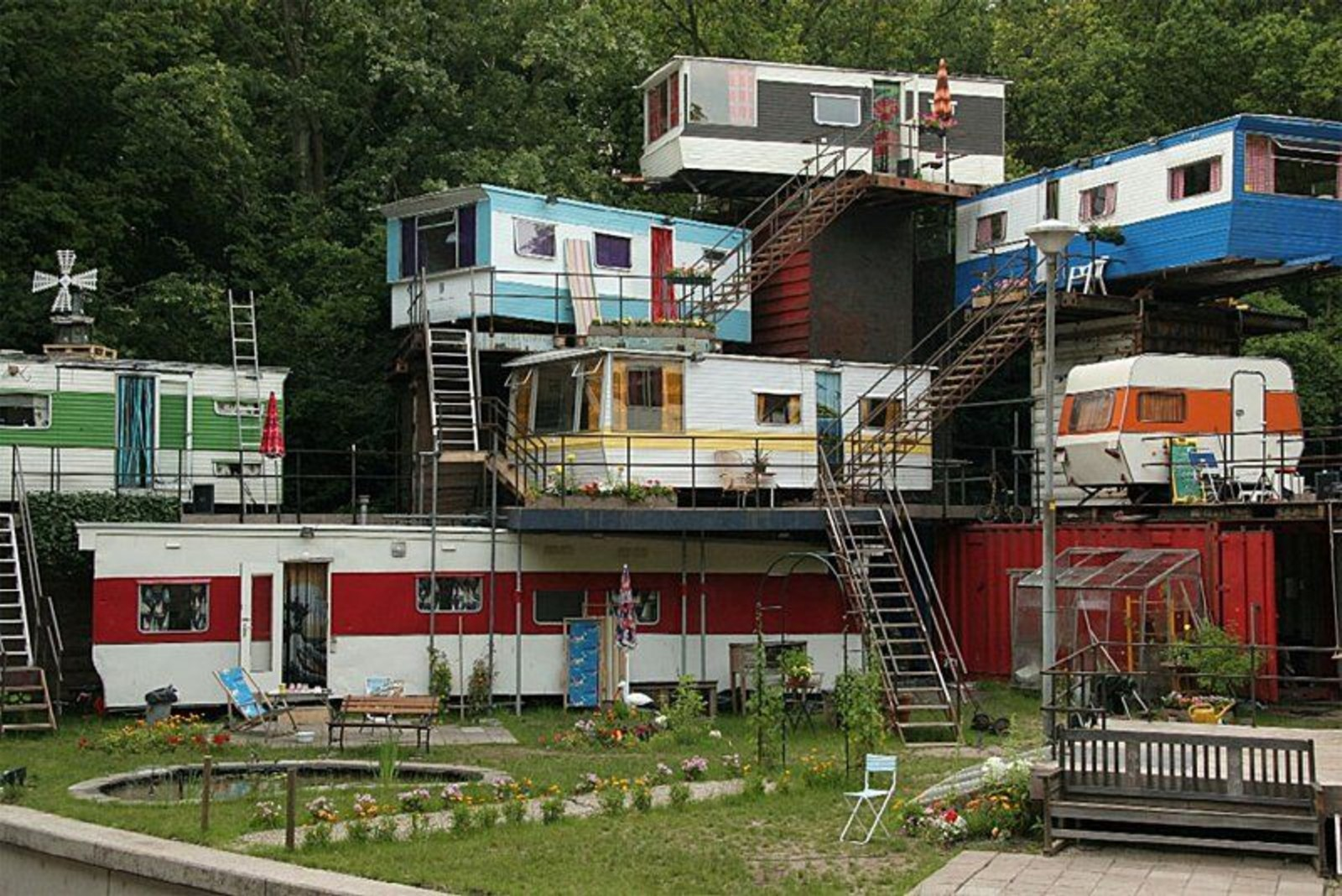 Click image for larger version  Name:HillbillyHeaven.jpg Views:173 Size:437.5 KB ID:56575