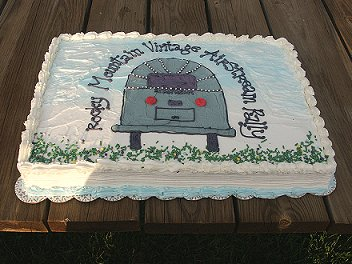 Click image for larger version  Name:cake1.jpg Views:437 Size:31.5 KB ID:5671