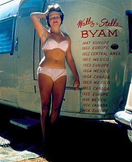 Click image for larger version  Name:WallyTrailer-Bikini-47ed6922.jpg Views:117 Size:35.7 KB ID:57181