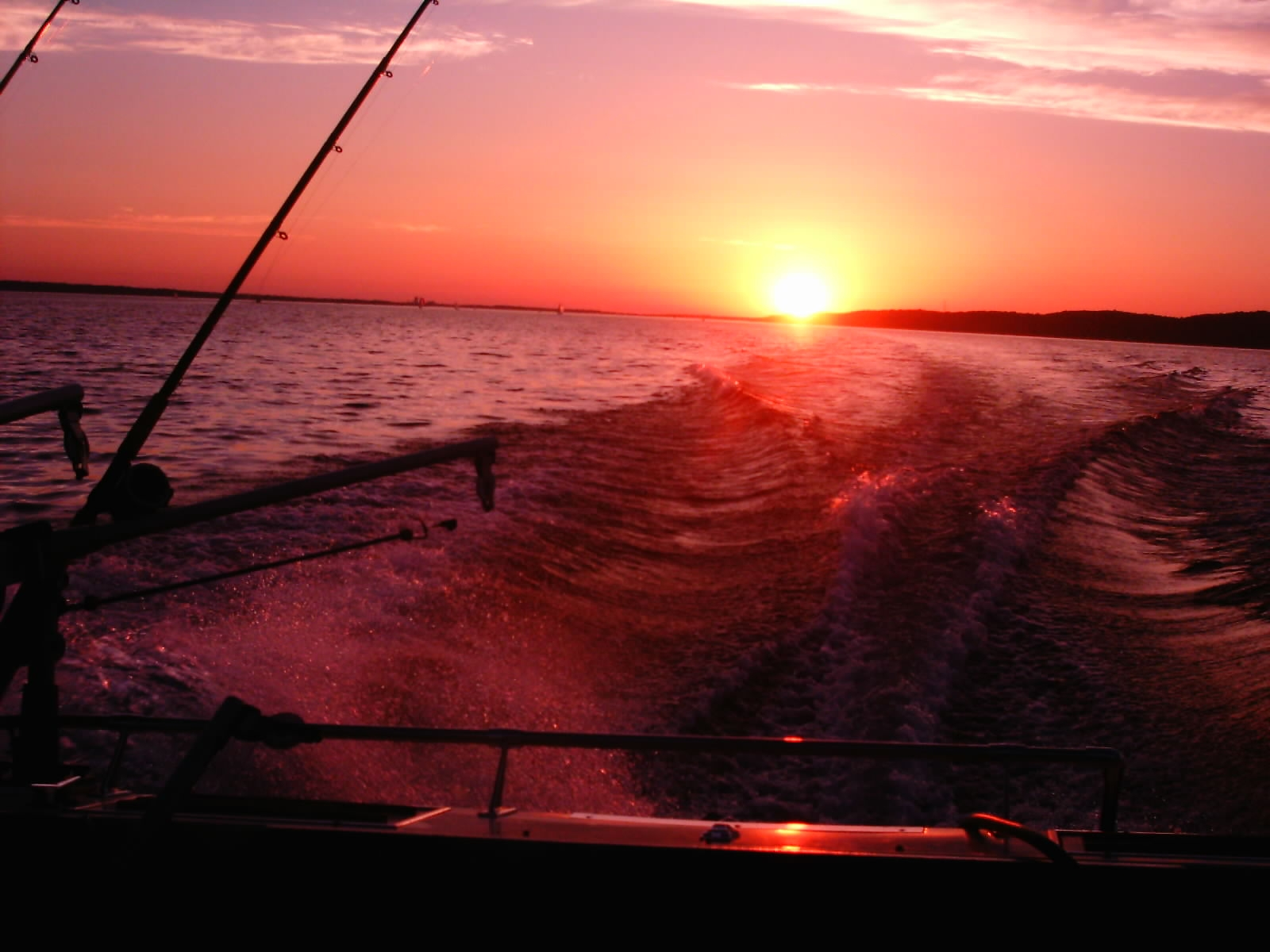 Click image for larger version  Name:sunset[1].JPG Views:114 Size:552.1 KB ID:57379