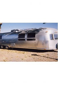 Click image for larger version  Name:our '74 airstream exterior.JPG Views:293 Size:25.7 KB ID:5751