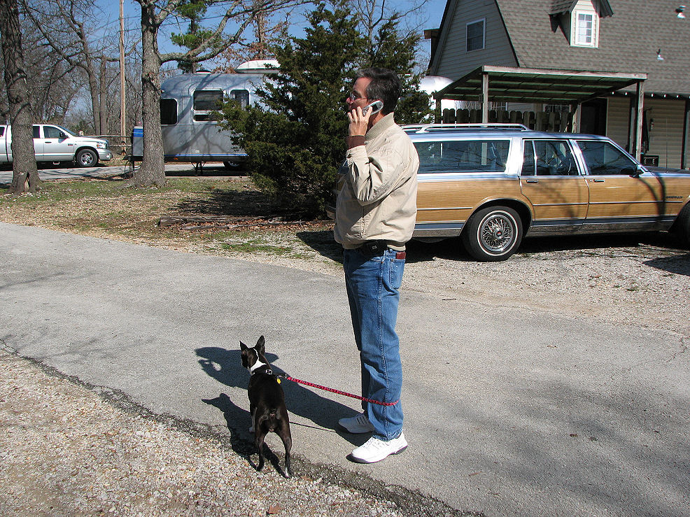 Click image for larger version  Name:Dog walker and tech consultant John.JPG Views:84 Size:335.0 KB ID:57747