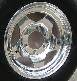 Click image for larger version  Name:alcoa_wheel_polished4.jpg Views:154 Size:613.7 KB ID:58790