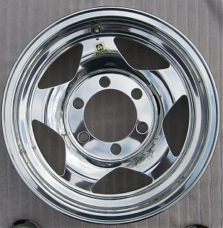 Click image for larger version  Name:alcoa_wheel_polished7.jpg Views:149 Size:684.9 KB ID:58792