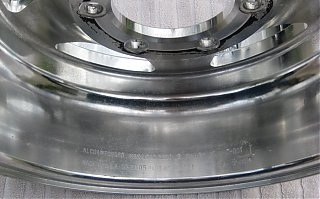 Click image for larger version  Name:alcoa_wheel_polished8.jpg Views:118 Size:386.0 KB ID:58793