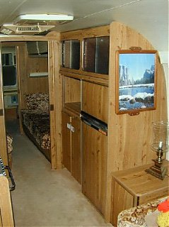 Click image for larger version  Name:china_cabinet.jpg Views:219 Size:30.4 KB ID:5916