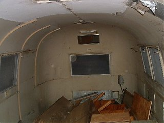 Click image for larger version  Name:Lance, empty interior.JPG Views:351 Size:50.4 KB ID:5923