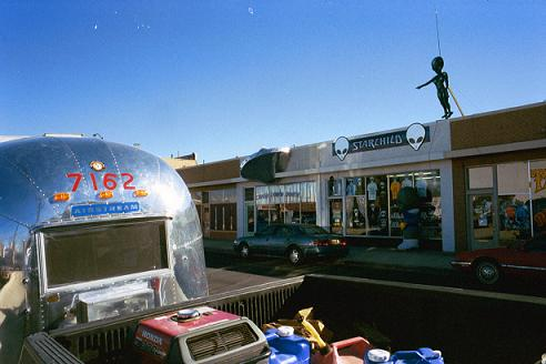 Click image for larger version  Name:roswell.JPG Views:304 Size:27.0 KB ID:5929